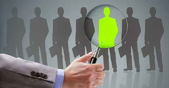 7 Tips To Spot a Sales Superstar During Interviews