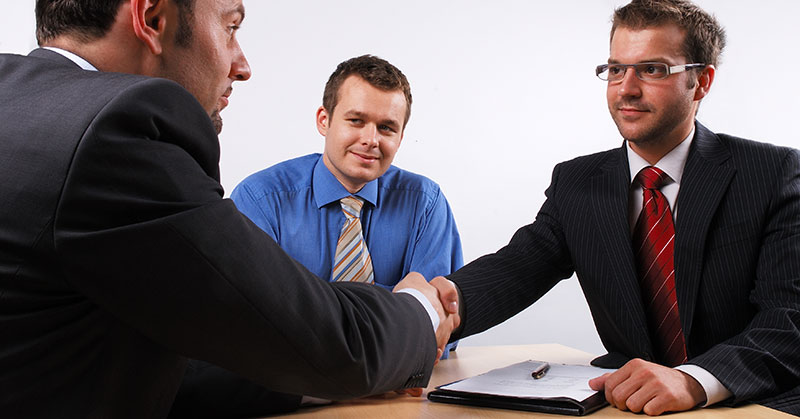 Selling? Get the Right Attorney