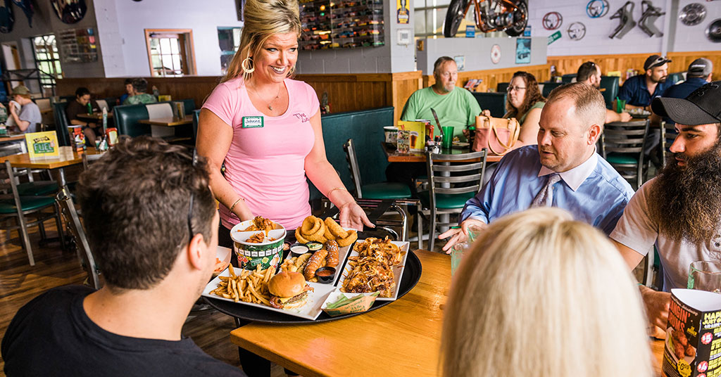 Franchisee Raves About Quaker Steak & Lube