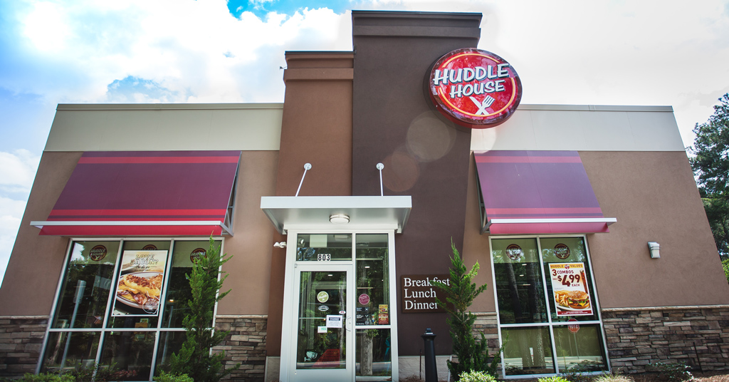 Huddle House Soars As A Small-town Brand And Top Franchise