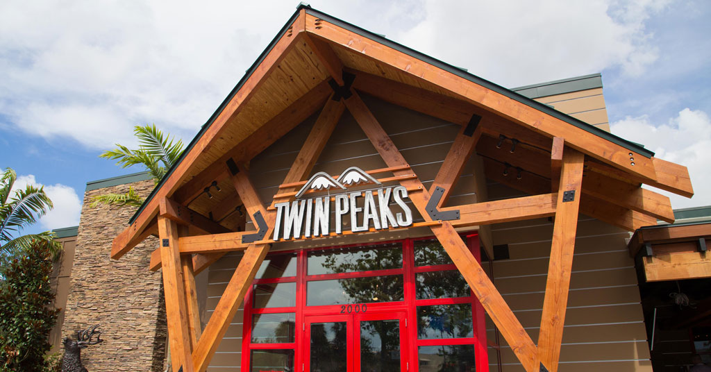 Twin Peaks Serves up Growth