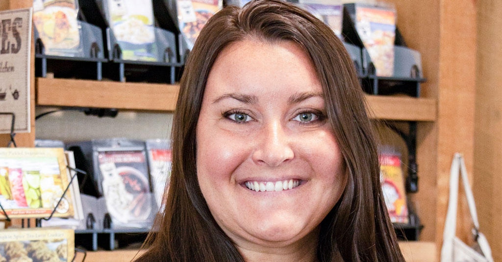 How Mandy Nowels, SVP of E-Commerce & Marketing at The Spice & Tea Exchange, Found Her Way into Franchising