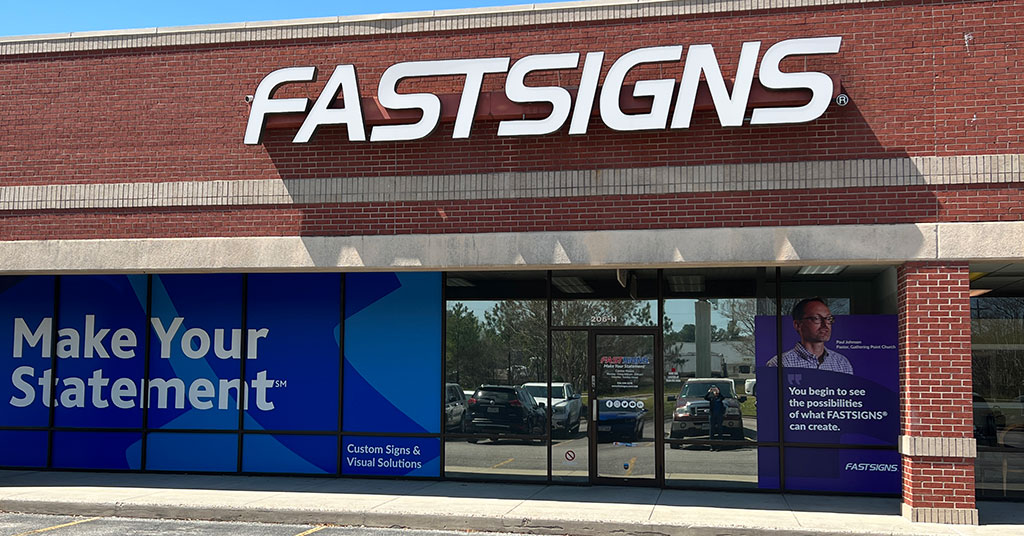FASTSIGNS® Recruiting Franchise Candidates At International Franchise Expo In New York May 31 – June 2